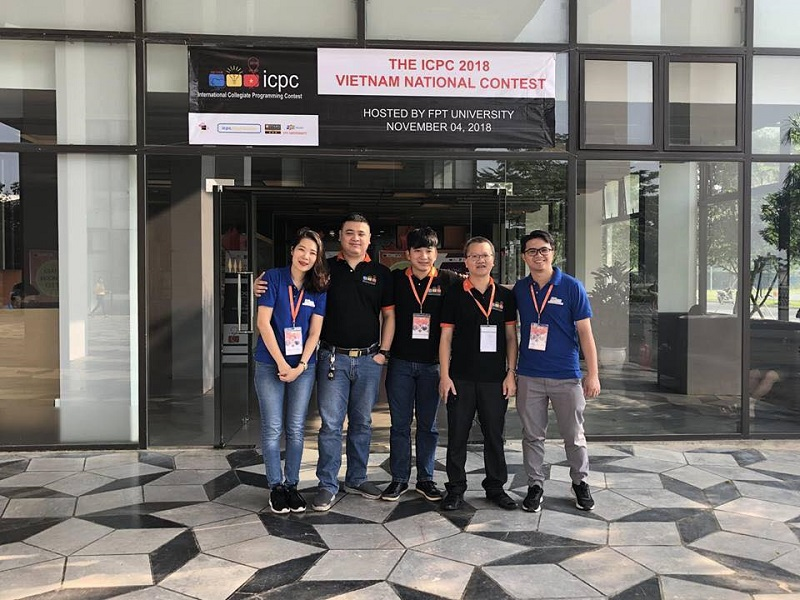 ACM-ICPC-2018-FPTU-Hanoi (2)